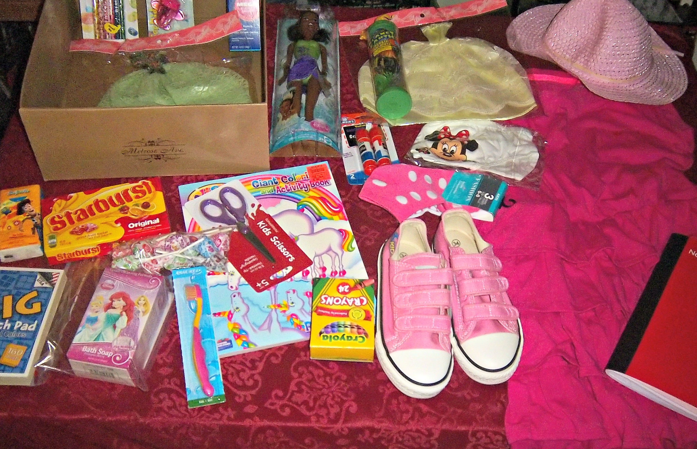 Operation christmas child girl shoebox kmom