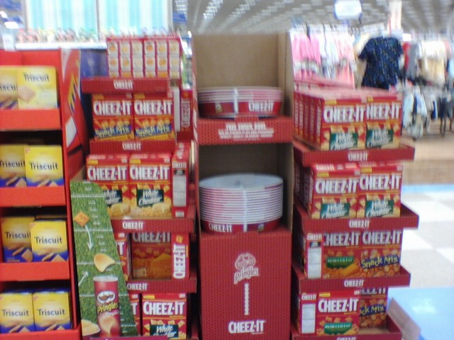 free snack bowl with purchase of 4 boxes of cheez its at meijers