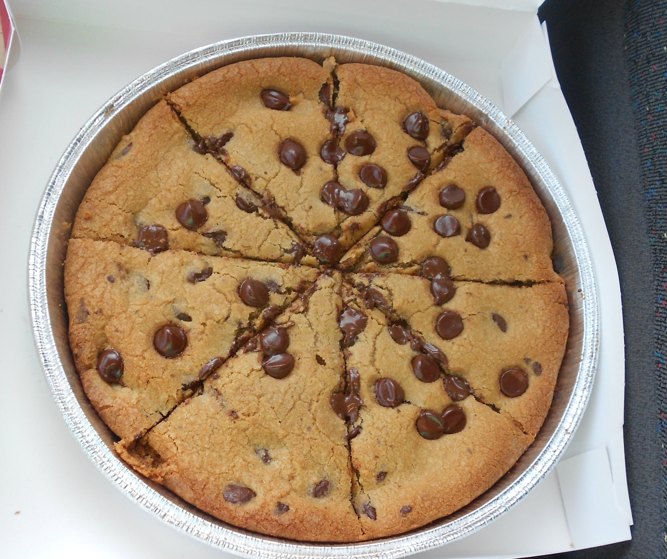 Hershey Chocolate Chip Cookie Cake Recipe