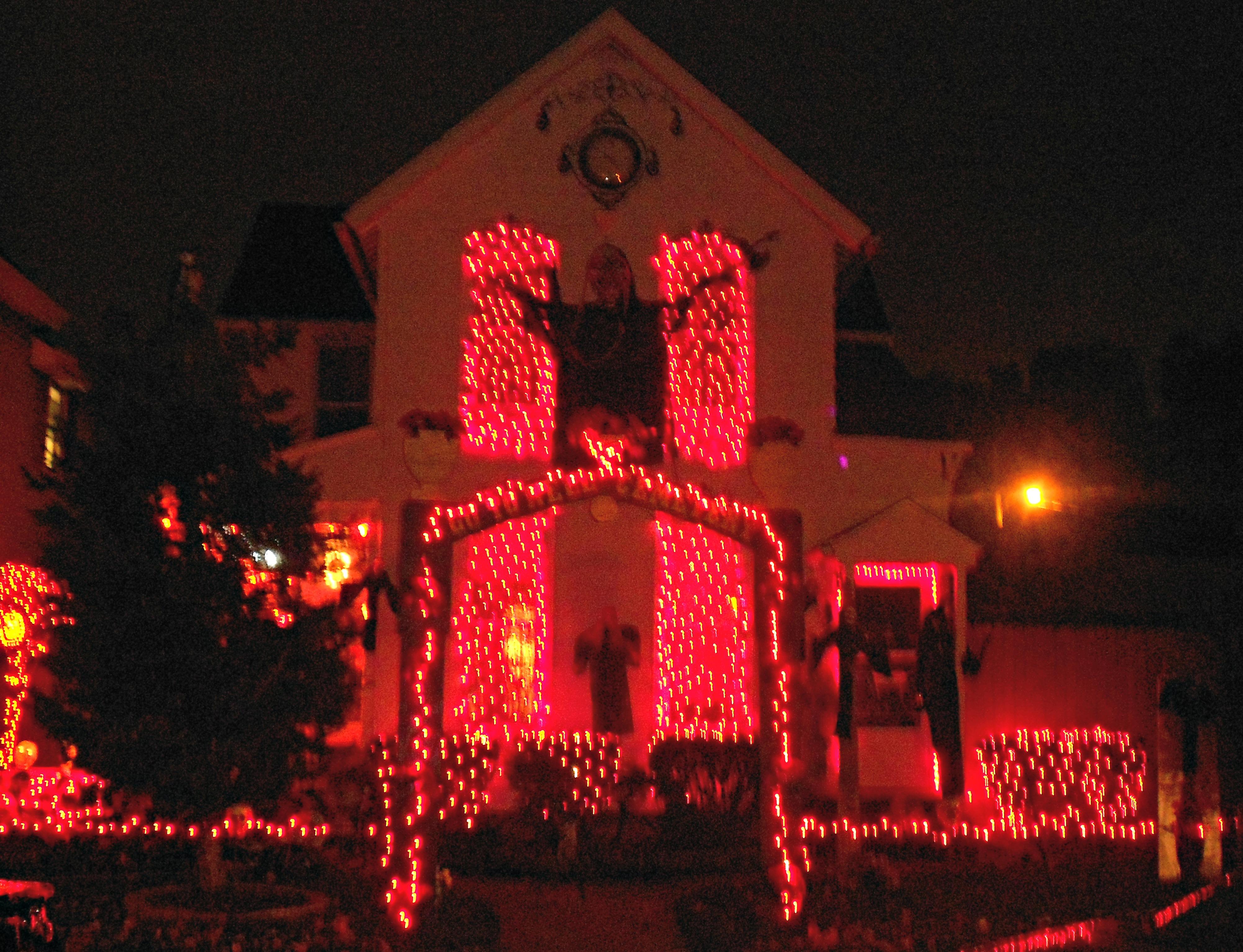 1 halloween house